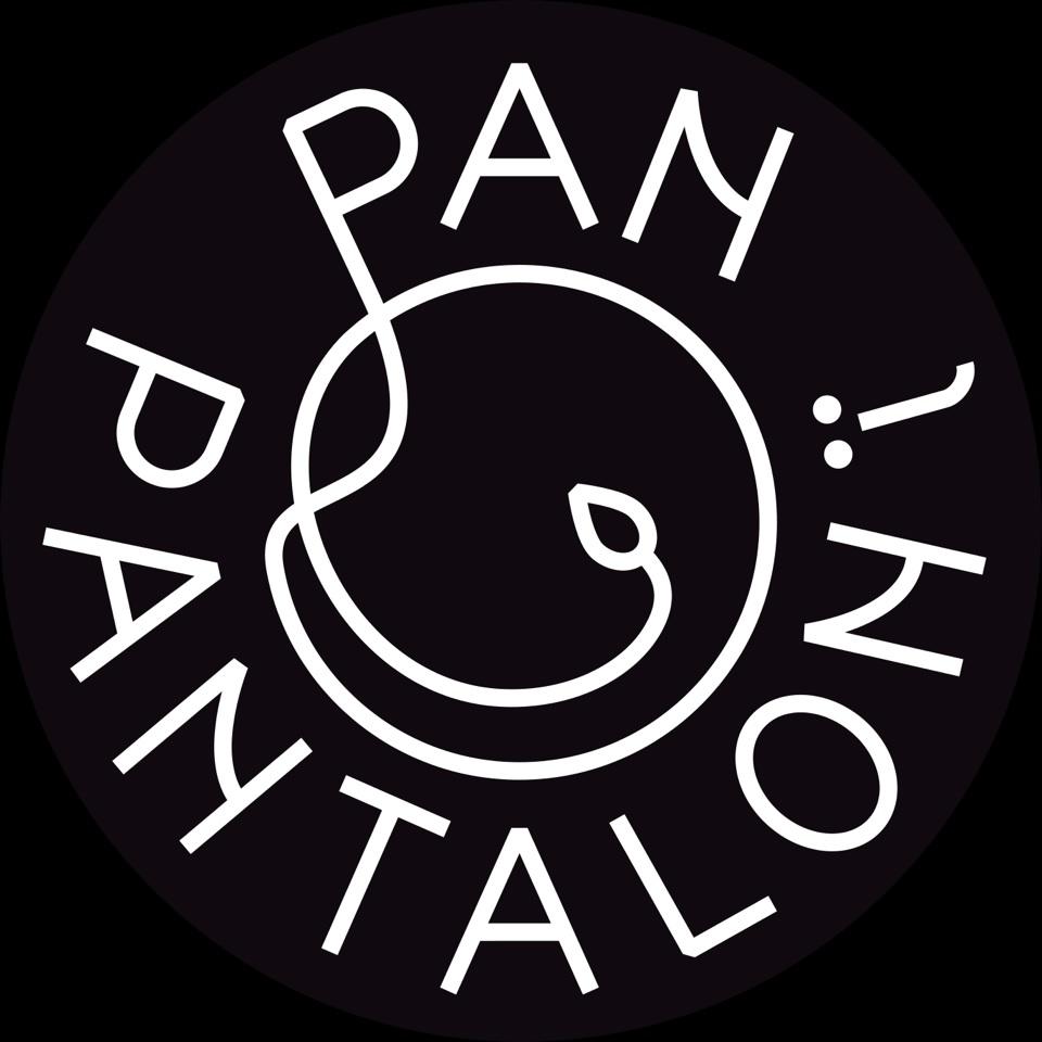 logo pantaloni