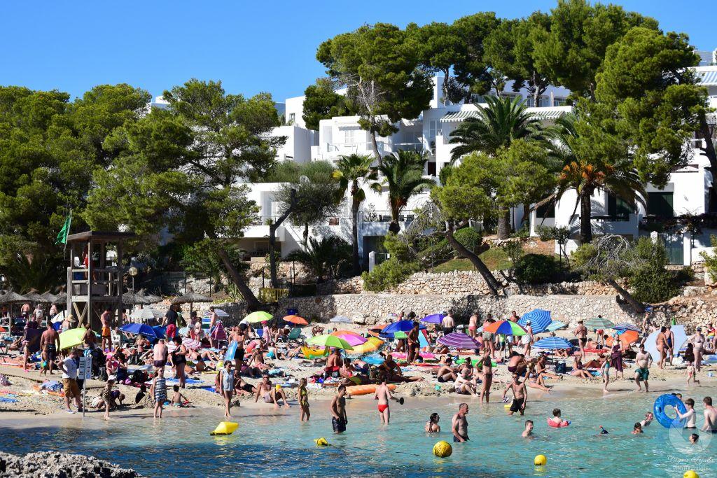 Rodziny na plaży na Majorce